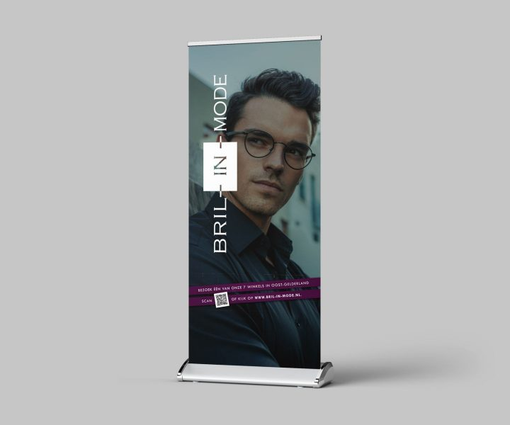 set roll-up-banners